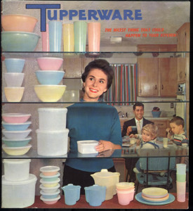 FP_BTSKidsLunch_Tupperware